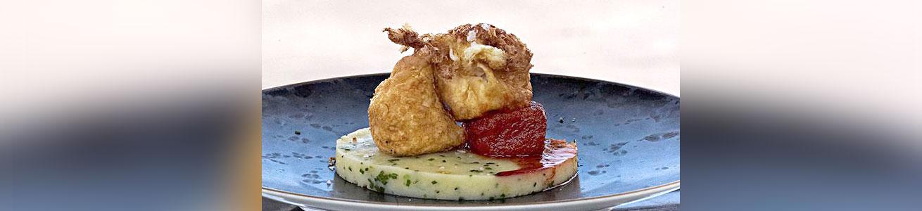 Oeufs-frits-purée-de-pommes-de-terre-et-soubressade